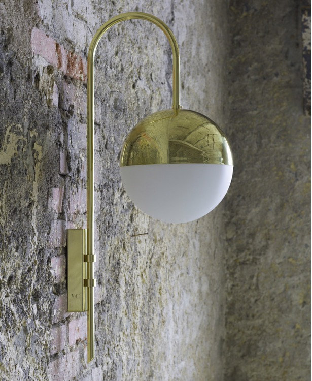 'Wall lamp 01' by Magic Circus Editions