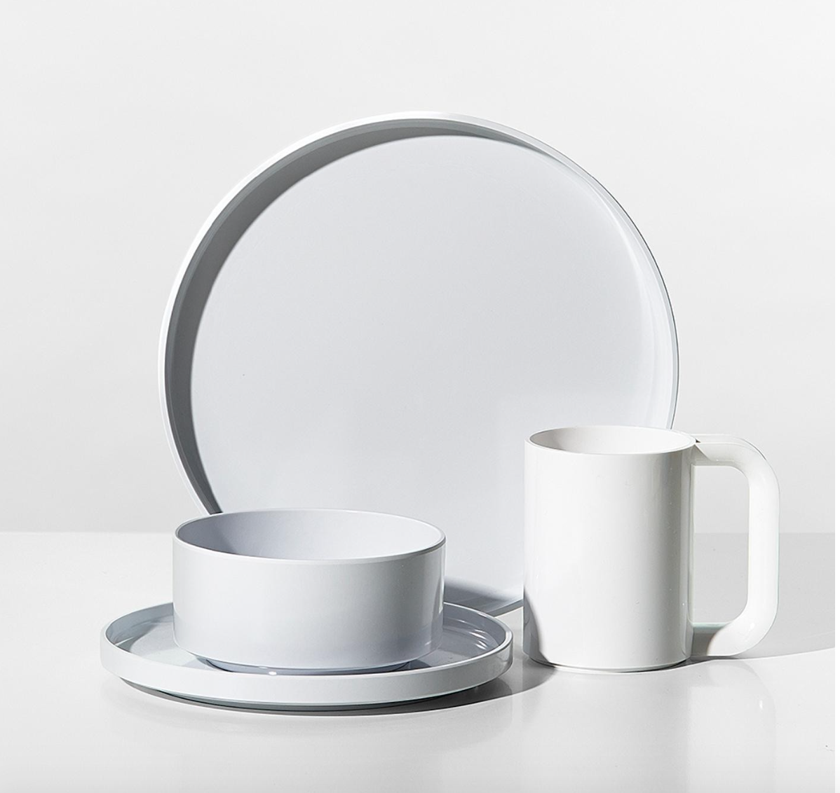 Heller white melamine dinnerware designed by Massimo and Lella Vignelli in 1964.
