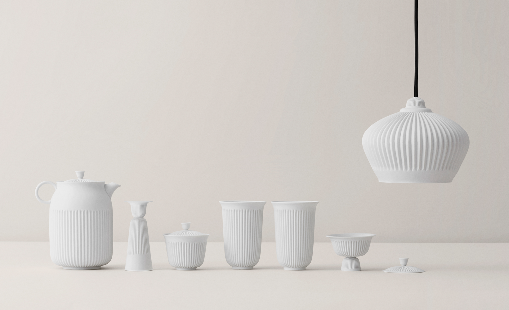 The Tsé set by Lyngby Porcelain, designed in collaboration with the Taiwanese designer Pili Wu and the Taiwanese Han Gallery.
