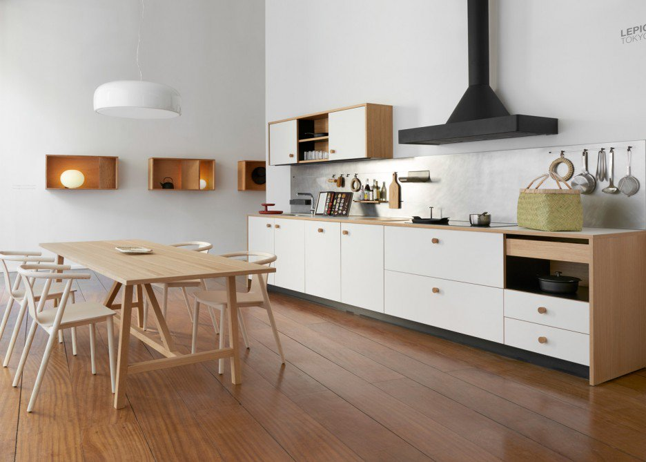 The 'Lepic' kitchen designed by Jasper Morrison for Schiffini. Finished in oak wood and a solid sheet laminate called Fenix.