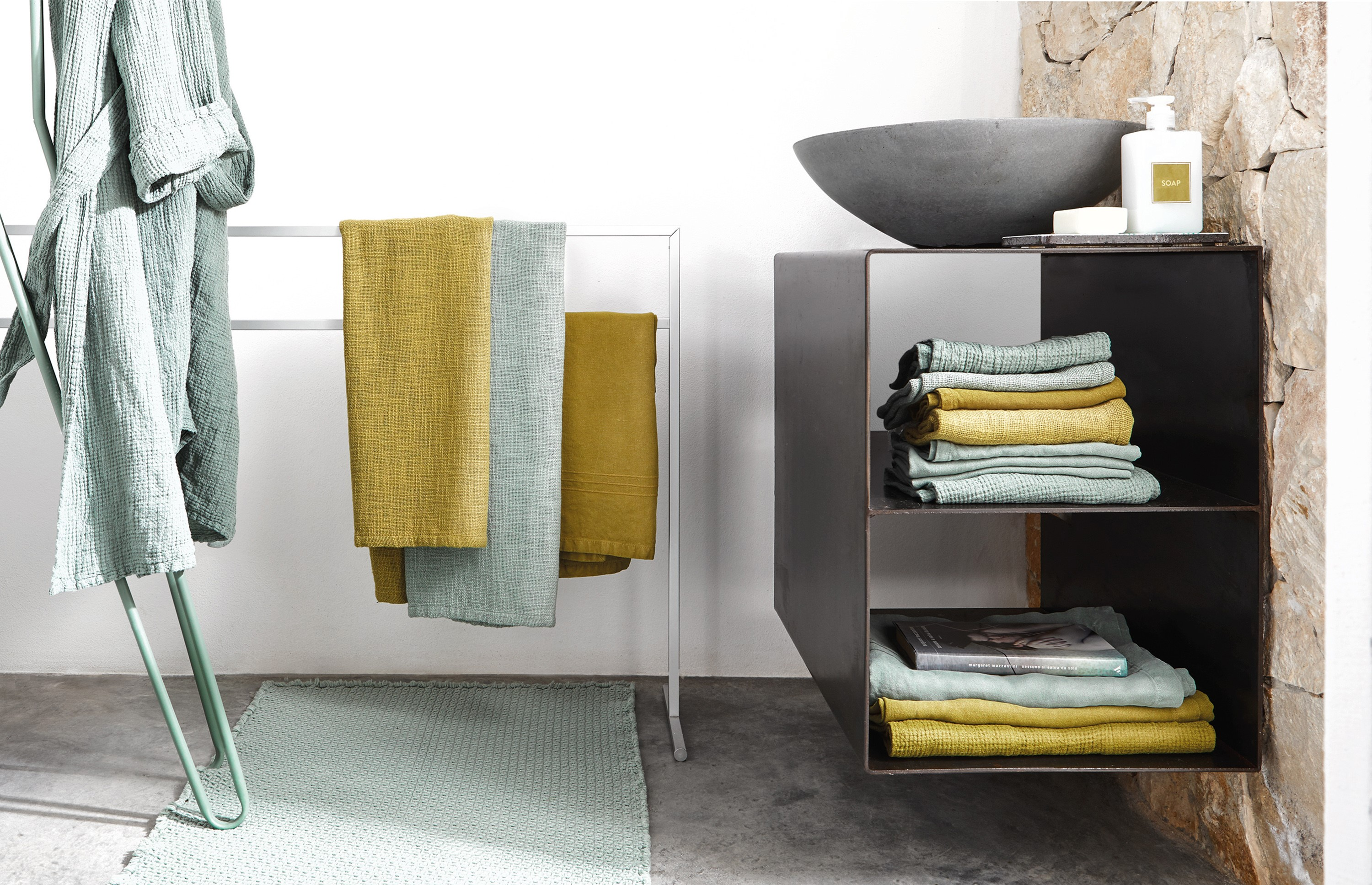 Bathtowels from the Society Limonta Spring/Summer 2018 collection